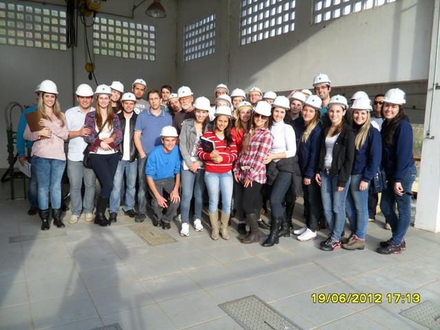 Fotos da visita à ETA e ETE de Chapecó do 5° Periodo da Engenharia Civil.