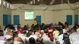 Priscila acadêmica do curso Odontologia palestrando sobre Higienização Bucal (segunda parte)no dia 11/07. A palestra aconteceu no Centro de Múltiplo Uso.