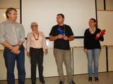 <p>Entrega da premiação pelos instrutores do Sebrae para o empreendedor com maior faturamento na Empresa Cria, Marcos Machado.</p>