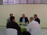 <p>Autoridades presentes no café tecnológico.</p>