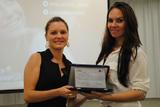 <p>Entrega de placa de referência em plano de negócios, para a empreendedora Talita Rodrigues</p>