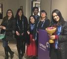 <p>Equipe do Literatório Unochapeco fazendo homenagem aos pais.</p>