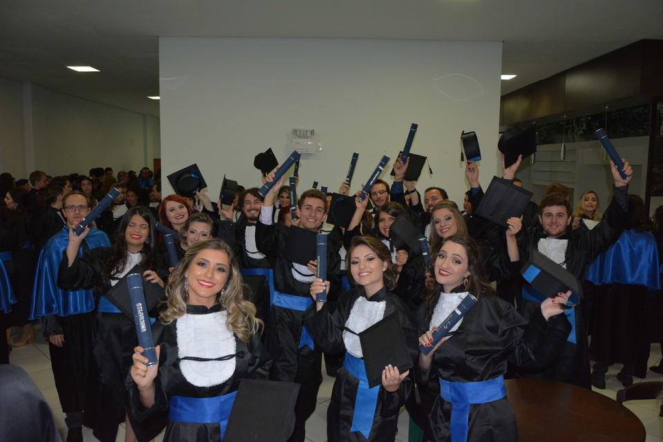 <p>Formatura institucional 2016/1 da Unochapec&oacute;</p>