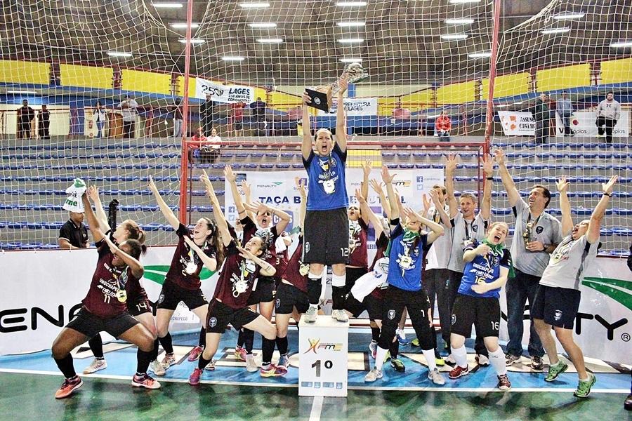 É ouro: Female Futsal é pentacampeã da Taça Brasil de Futsal Feminino