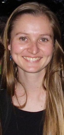 Um projeto de pesquisa sobre biologia e óleos florais é desenvolvido por uma professora da Unochapecó em nível de pós-doutorado numa universidade francesa. A professora Liliana Essi, do curso de Ciên