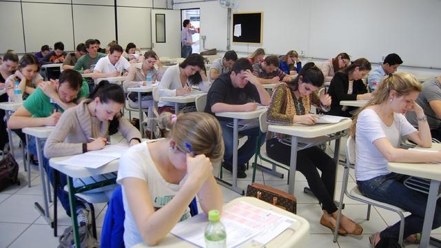 Inscrições abertas para vagas em mais de 40 cursos superiores de graduação da Unochapecó