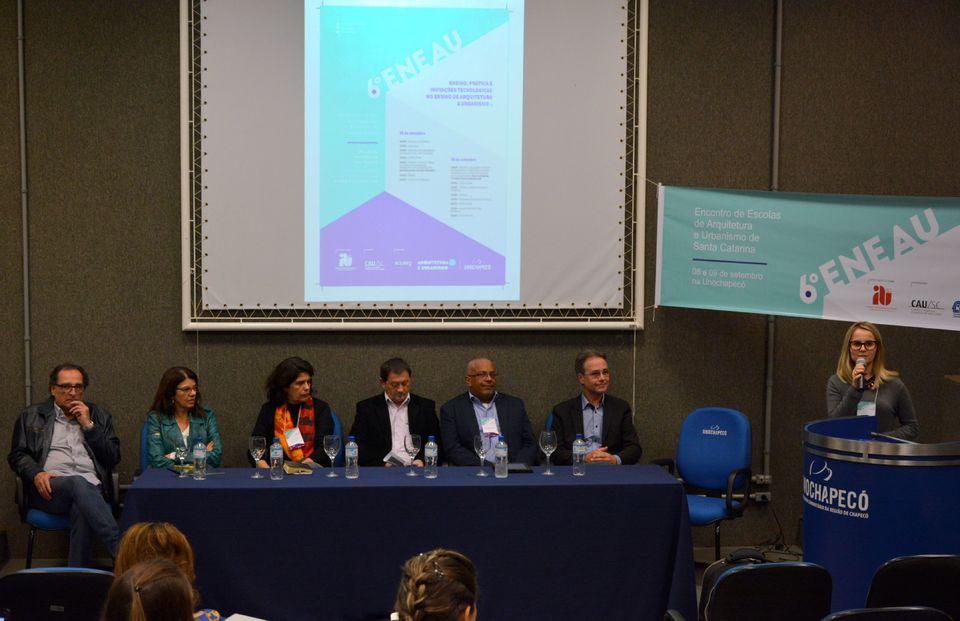 Uno sedia encontro estadual de Escolas de Arquitetura e Urbanismo