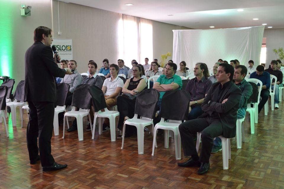 Evento proporcionou novos conhecimentos aos estudantes e profissionais
