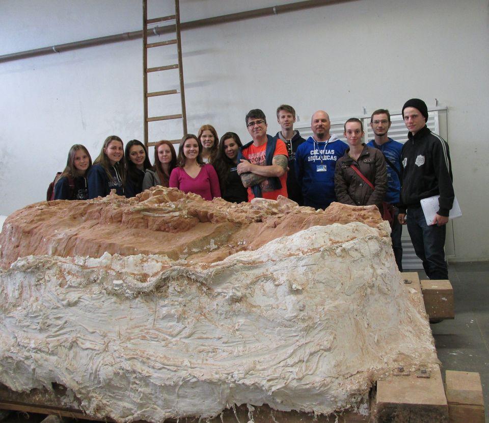 Alunos de Ciências Biológicas visitam sítios arqueológicos