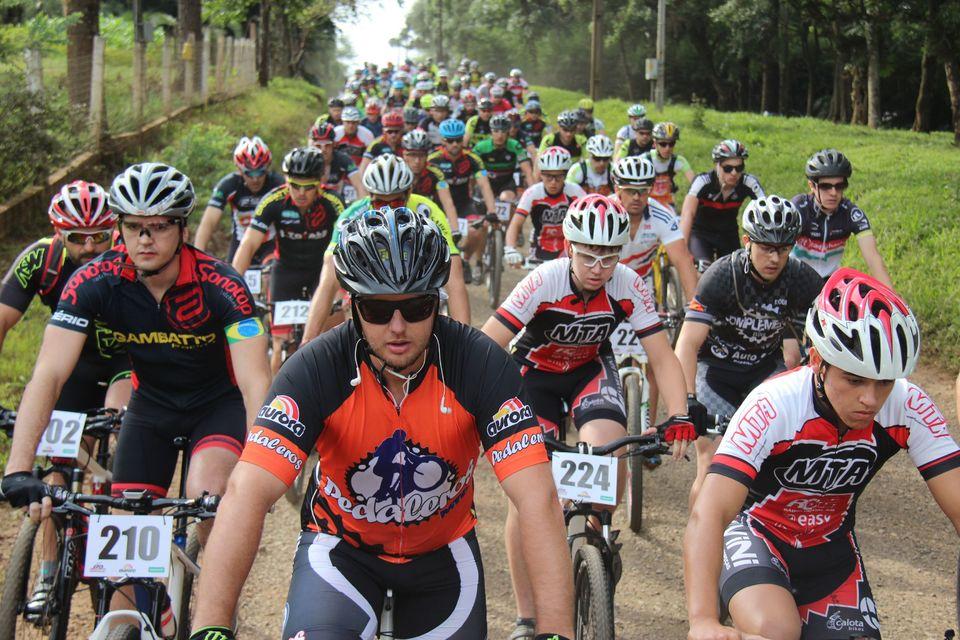 Desafio de ciclismo reúne 200 ciclistas dos três estados do Sul