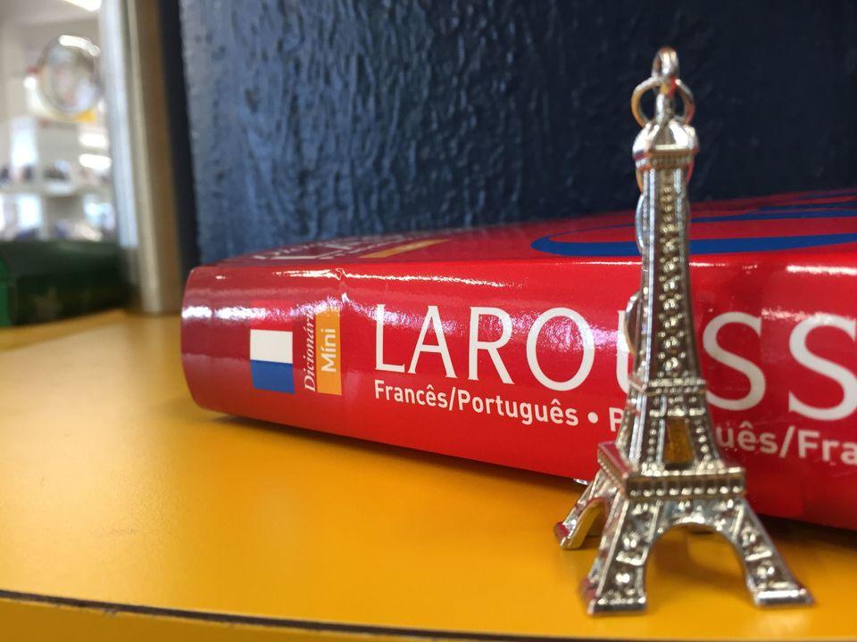 Lablin oferece curso de Francês nível I