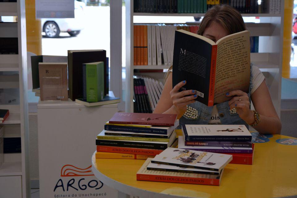 Argos Editora da Unochapecó celebra 24 anos de história