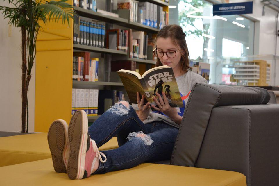 Férias: momento para se perder no mundo dos livros