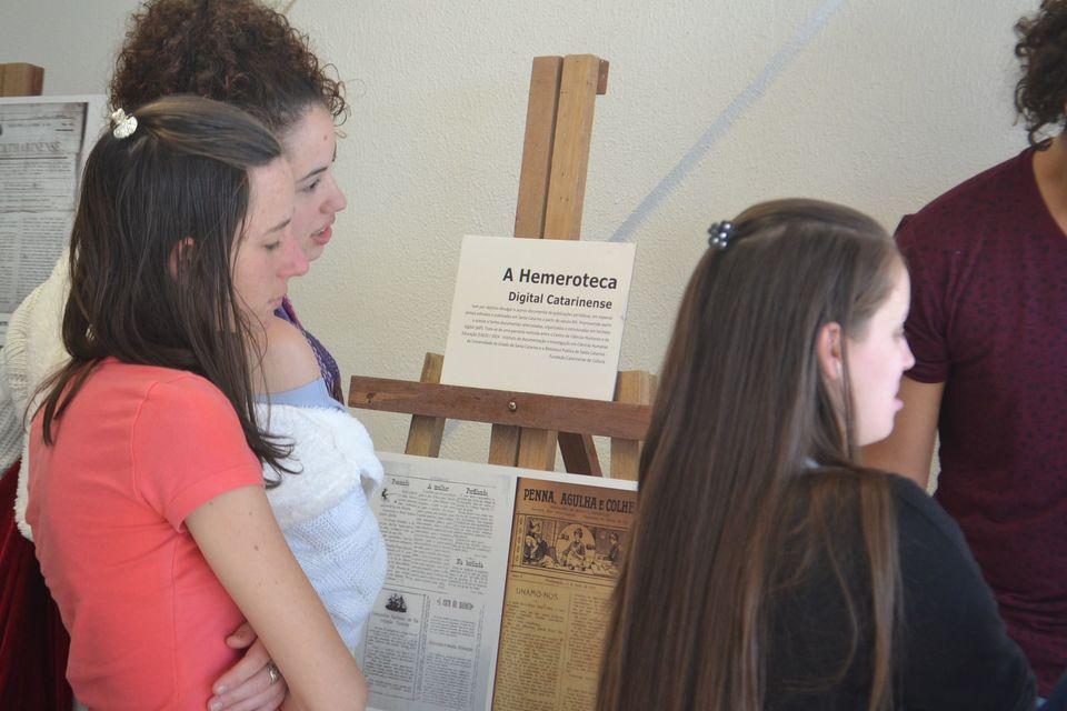 Ceom recebe exposição digital de jornais a partir do século XIX