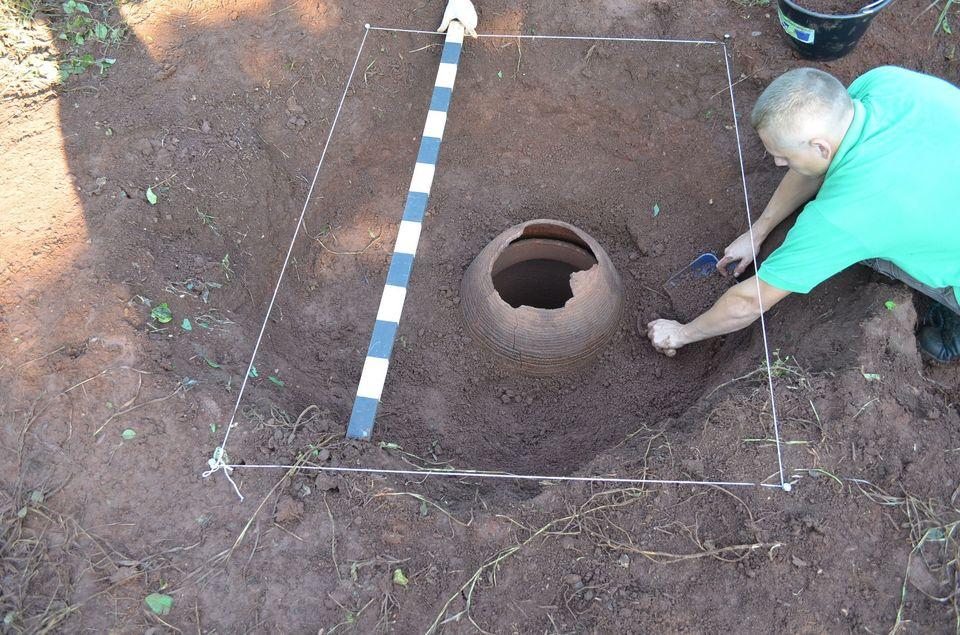 Ceom encontra conjunto funerário nas margens do rio Uruguai