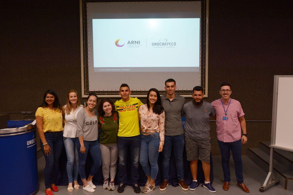 Unochapecó recebe intercambistas da Itália e Colômbia