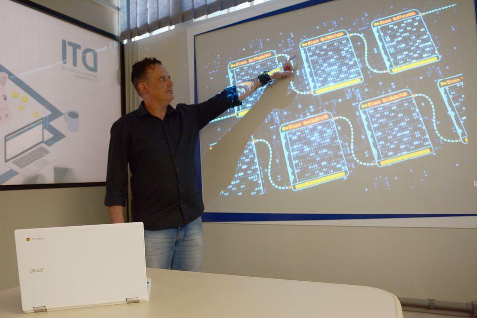 Uno é uma das pioneiras a utilizar blockchain para segurança de dados acadêmicos