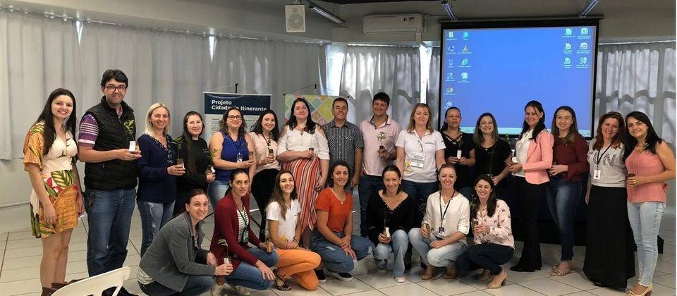 Projetos de extensão orientam profissionais de secretarias de Assistência Social