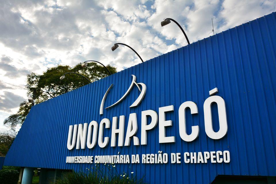 Unochapecó recebe Certificado de Entidade Beneficente de Assistência Social
