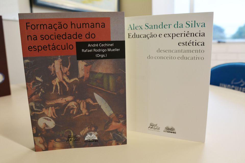 Editora da Unochapecó lança obras sobre educação