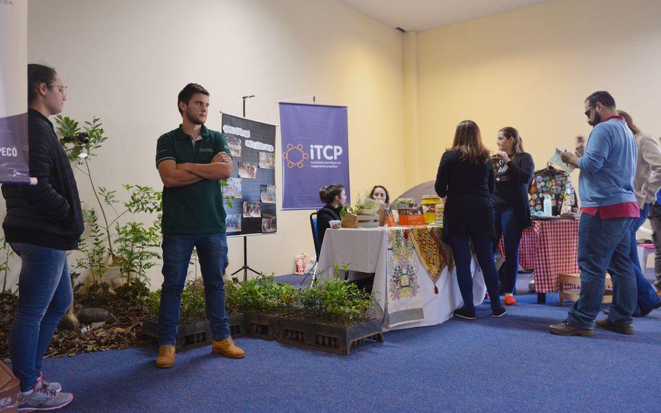 Unochapecó expõe projetos no Seminário Internacional de Sustentabilidade