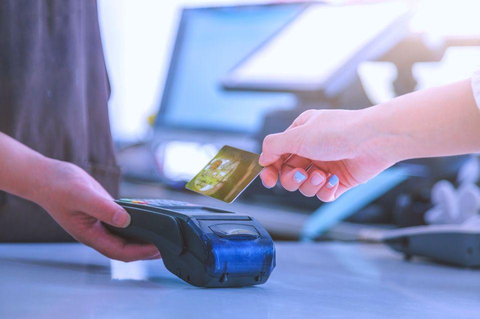 Confiança do consumidor chapecoense aumenta após quatro meses de queda