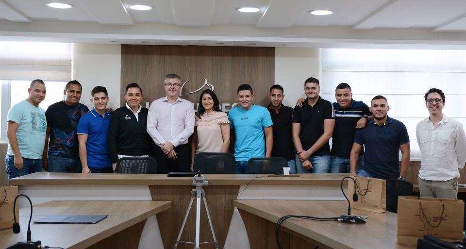Comitiva da Colômbia participa da Semana do Administrador da Unochapecó