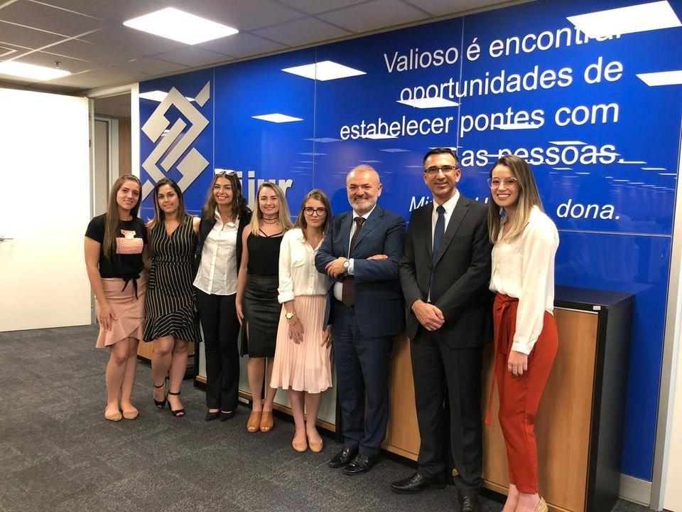 Estudantes de Direito participam de viagem de estudos a Brasília