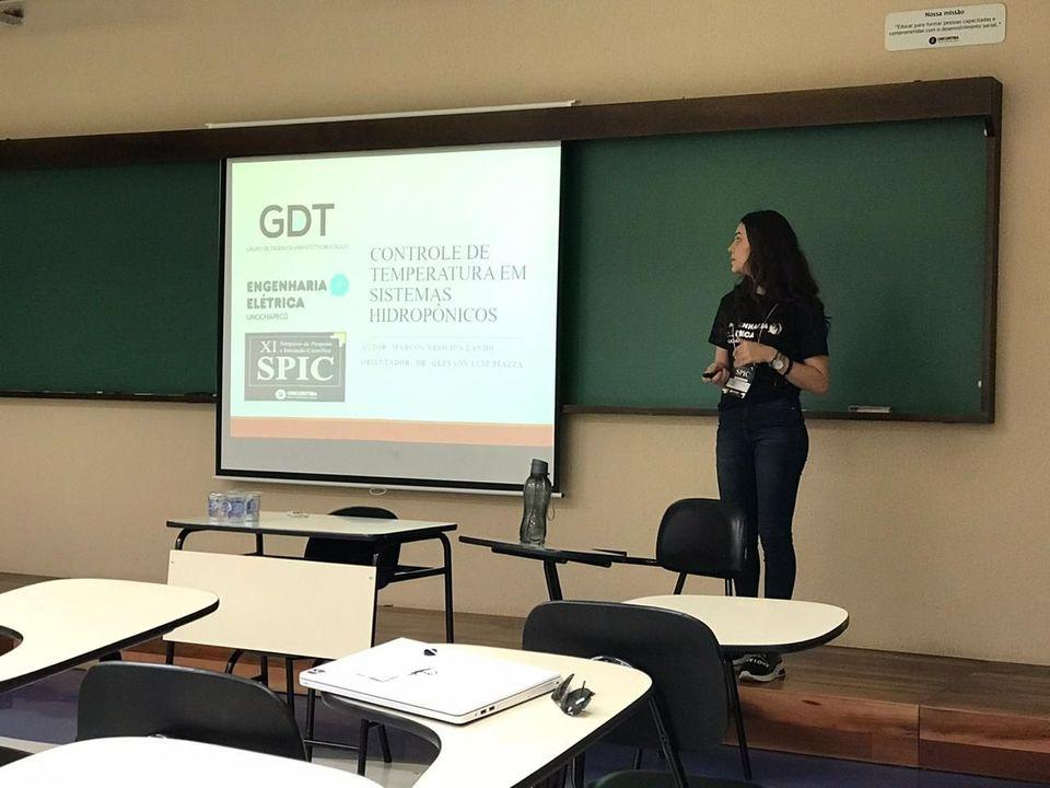 Estudante representa a Unochapecó em evento científico em Curitiba