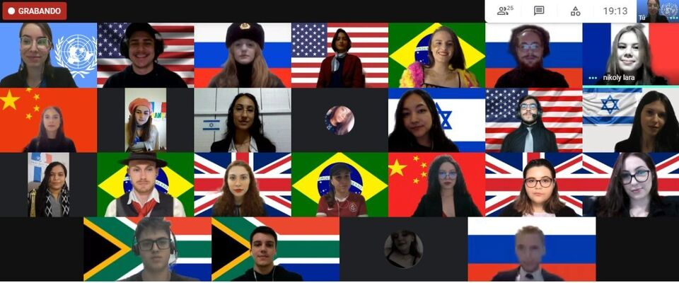 Simulação de Assembleia da ONU proporciona experiência aos estudantes do curso